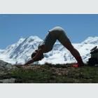 Tim Buktu Gratispostkarte 4136 Yoga Luzern - Christina Suanzes
