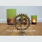 Tim Buktu Gratispostkarte 4177 Yoga Hug